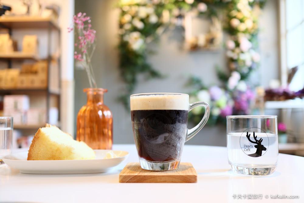 【羅東咖啡】鹿咖啡工坊|IG打卡花牆的下午茶與冰滴手沖咖啡