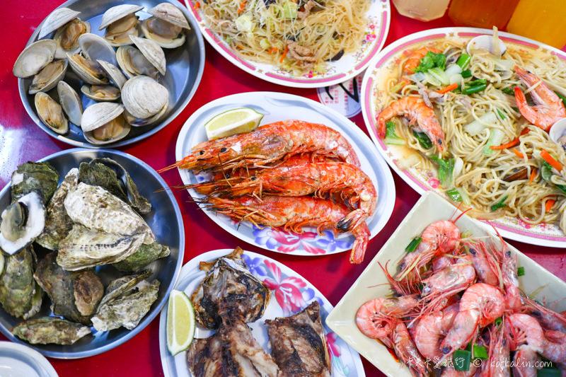 【宜蘭頭城美食】大溪21號海鮮燒烤|大溪漁港觀光魚貨直銷中心賣場海濱新景點