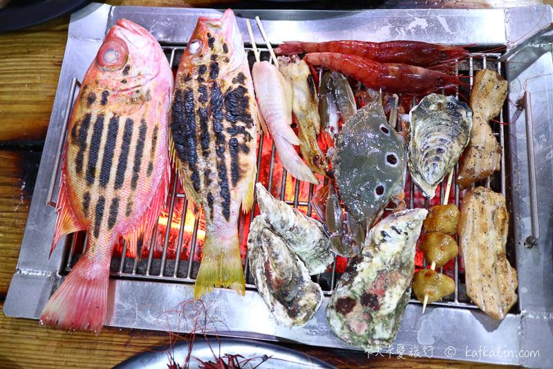 【宜蘭海鮮吃到飽】海世界碳烤 火鍋現流海產生蠔胭脂蝦時魚燒烤秘訣大公開 - kafkalin.com