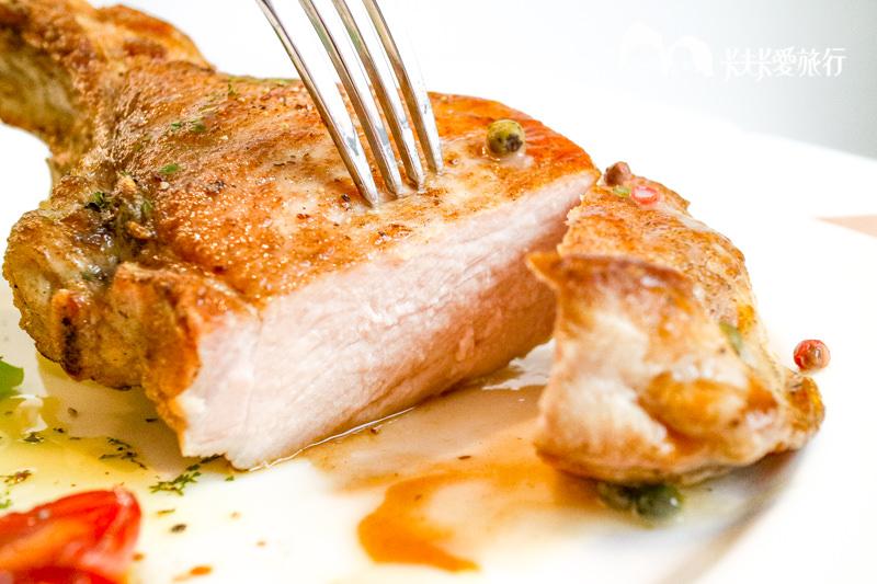 【宜蘭法式】巴黎小館|藍帶主廚手藝牛排戰斧豬排和義大利麵