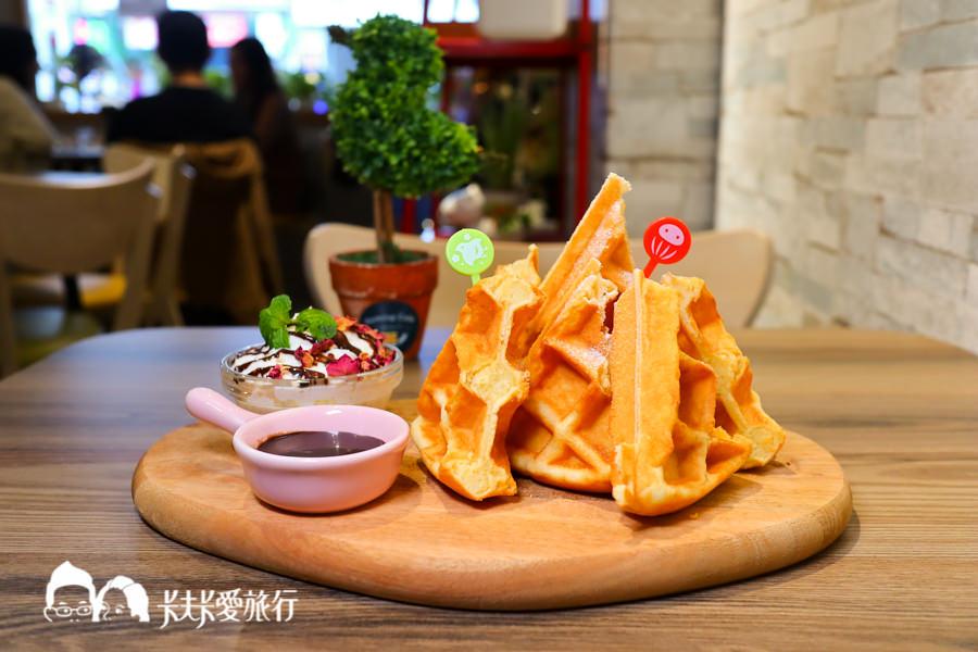 羅東下午茶-Homing Cafe歸巢咖啡|不只下午茶甜點還有美味燒肉飯和關東煮