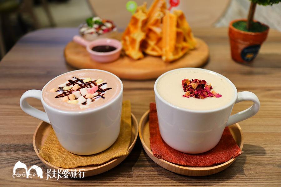 【羅東下午茶】Homing Cafe歸巢咖啡 不只下午茶甜點還有美味燒肉飯和關東煮 - kafkalin.com