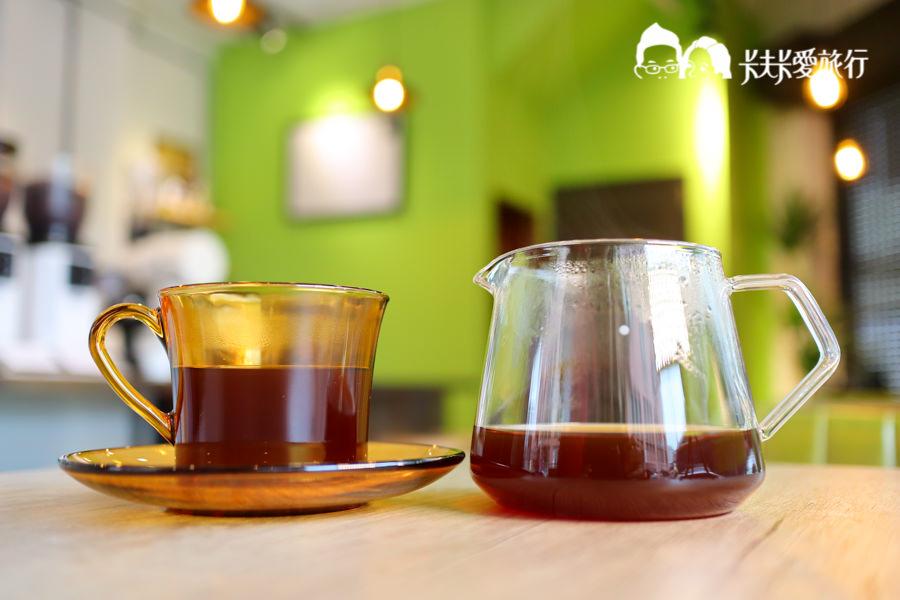 【宜蘭羅東】巷光咖啡|隱藏於市場巷弄內的精品咖啡來份甜點和下午茶 - kafkalin.com