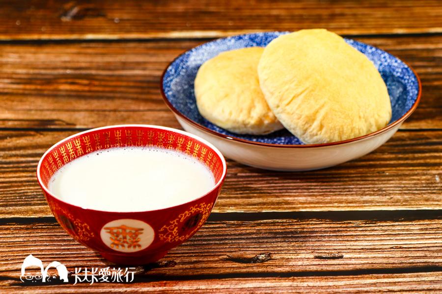【料理食譜】在家輕鬆煮美味杏仁茶|三分鐘用果汁機就能煮出香濃古早味杏仁茶