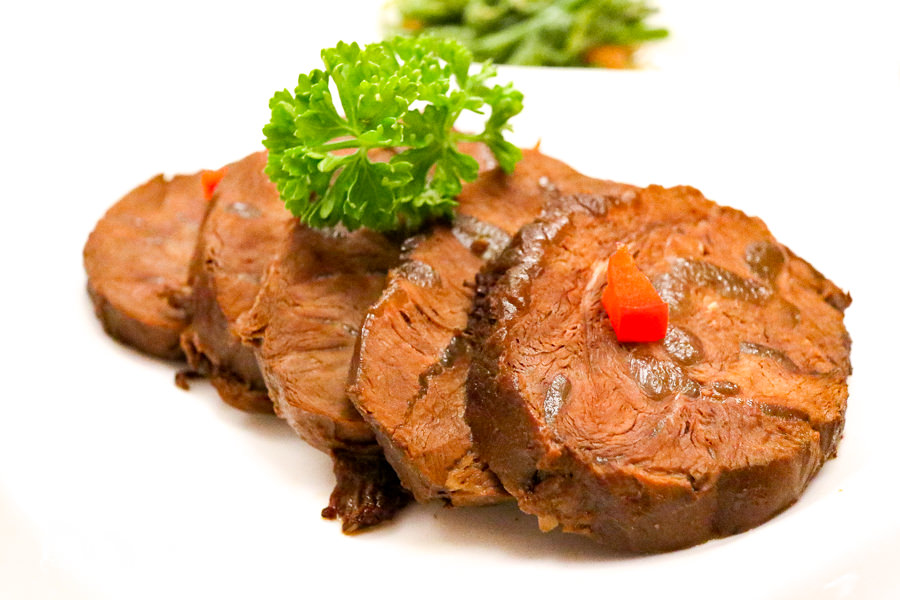 【台中美食】雅風筑雲藝園餐廳 置身博物館享用美食饗宴!推紅燒牛肉套餐牛排