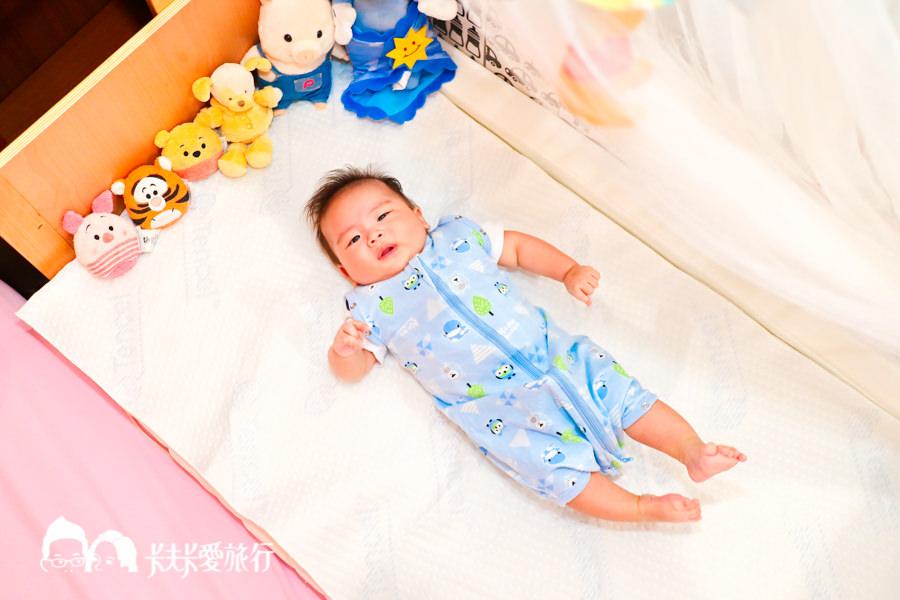 【育兒好物】KuKu酷咕鴨–超好眠懶人包巾|寶寶使用心得、嬰兒用法與材質分享