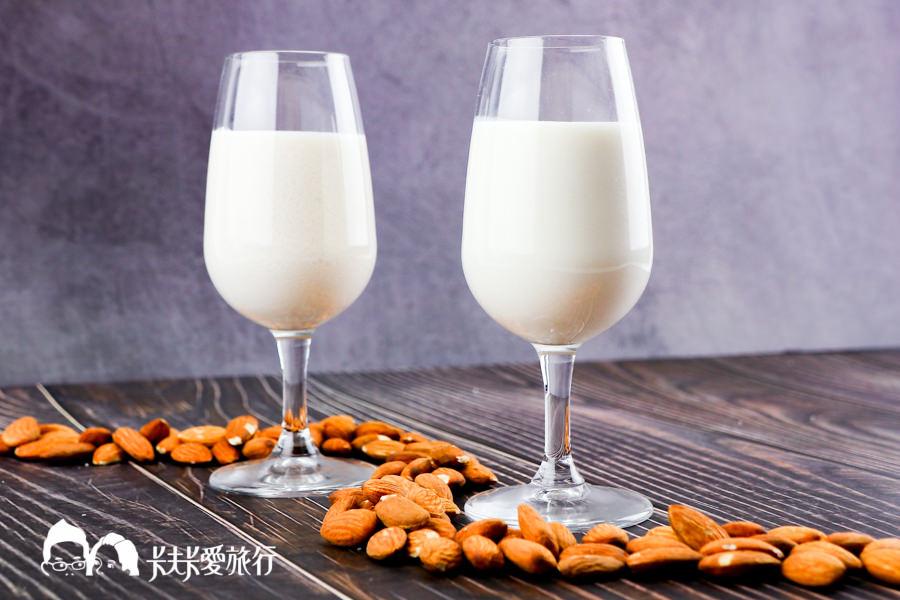 【料理食譜】杏仁奶|濃郁堅果香的西方版杏仁茶!溫和無怪味在家使用慢磨機輕鬆DIY