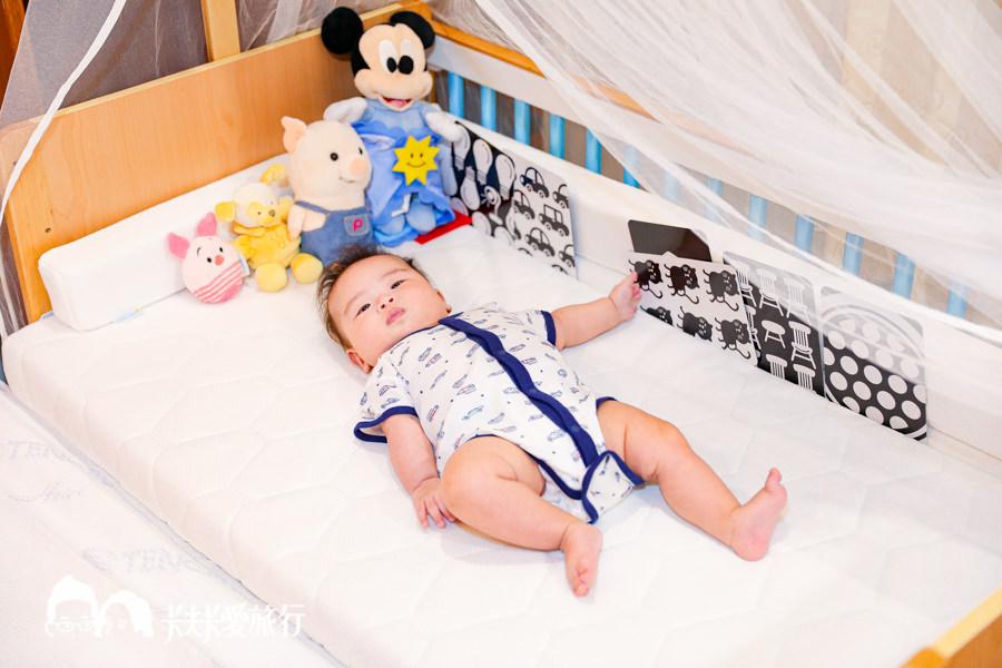 【育兒好物】Bendi ONE PLUS嬰兒床|秒變遊戲床書桌!開箱心得優缺點分析評測