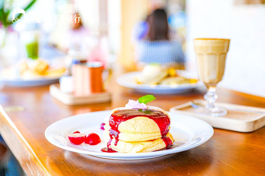 【羅東下午茶甜點】林場咖啡鬆餅|嘴巴裡的一片雲朵!迷人的北海道生乳舒芙蕾