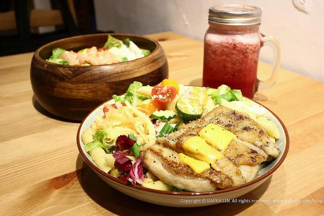 【宜蘭輕食】輕裸食|早午餐下午茶義大利麵帕里尼義大利麵木盆沙拉