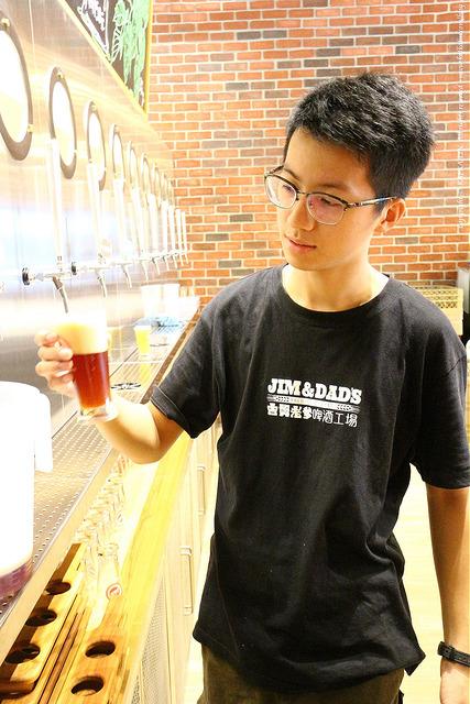 【宜蘭觀光工廠】吉姆老爹啤酒工場 純釀啤酒小城堡 - kafkalin.com