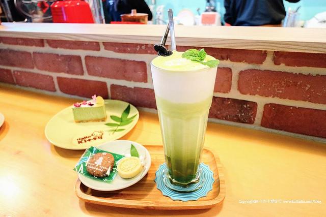【宜蘭市下午茶】逸境咖啡|田中間的單品咖啡手工蛋糕中式茶點