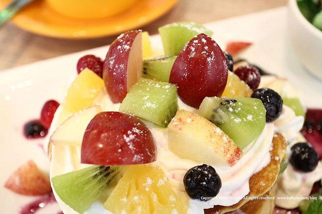 【宜蘭】格林 Pasta Dessert Cafe 森林莓果鬆餅咖啡義大利麵 - kafkalin.com