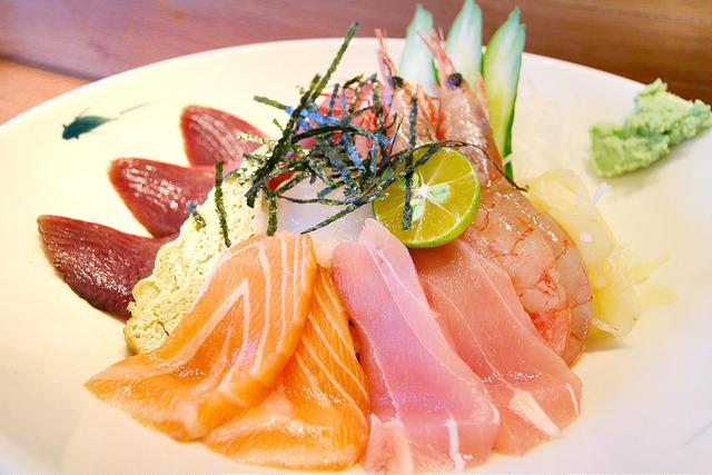 【宜蘭. 日式】魚季 Sashimi&丼食 / 頭城車站日式丼飯