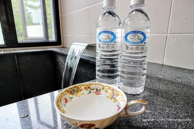 【宜蘭礁溪】美慶湯屋 |五峰旗泡湯來自雪山山脈的碳酸溫泉原湯