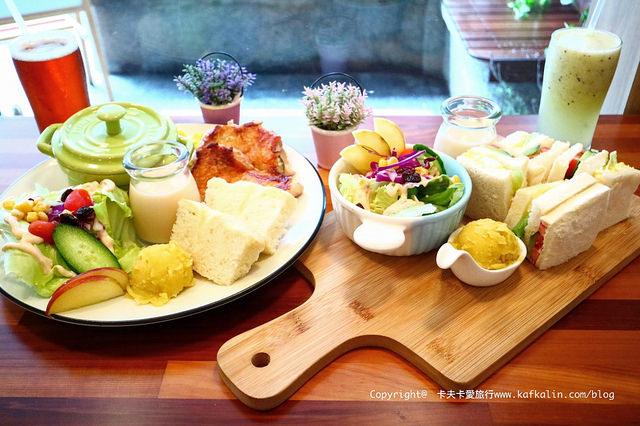 【宜蘭早午餐】小巷時光|巷弄內的輕食咖啡蛋糕下午茶小店